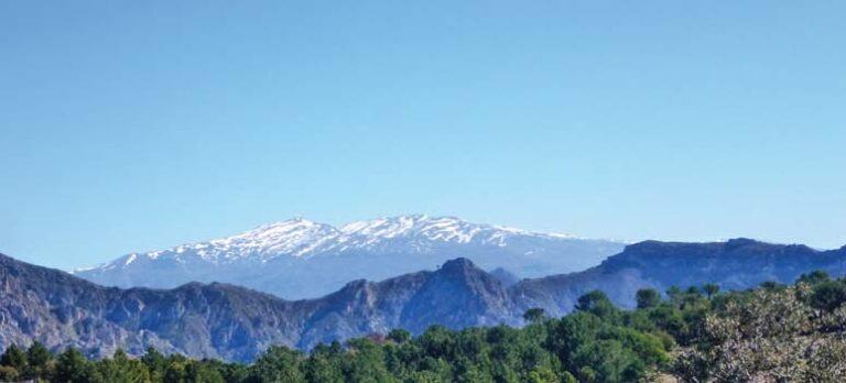 Altos de Jaloche og en bit av GR 7 – to panoramaruter nesten uten høydemeter