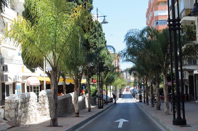 Fun in Avenida Acapulco