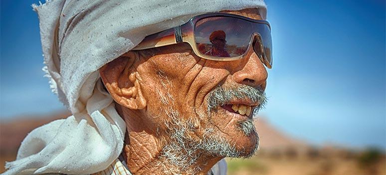Pa veldedighetstur off road og tvers gjennom Marokko