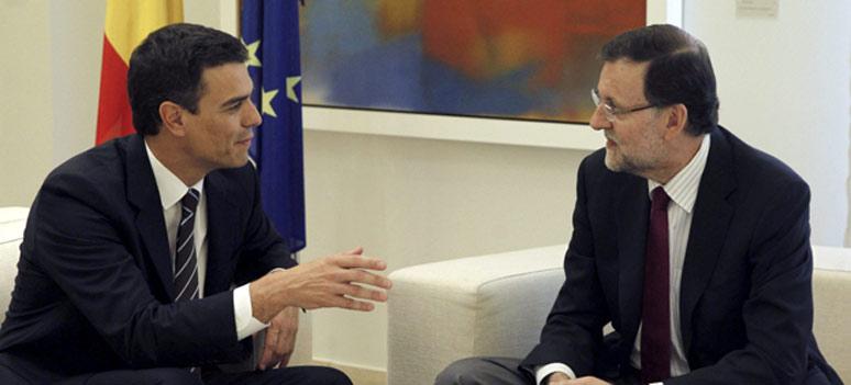 Pedro-Sanchez-y-Mariano-Rajoy-en-el-Palacio-de-la-Moncloa-este-lunes