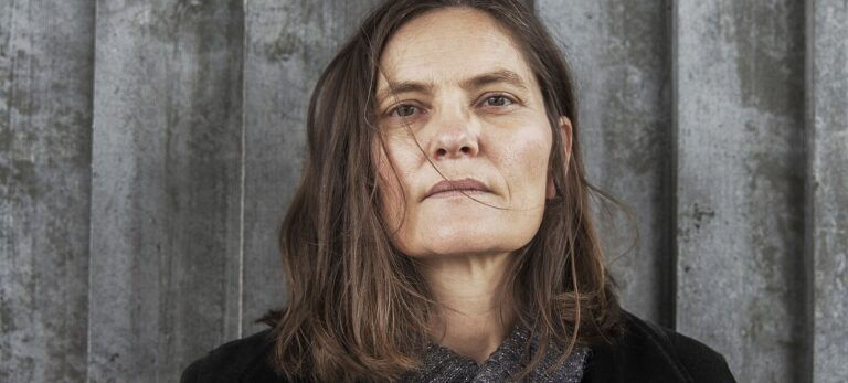 Birgit Alm – «De fremmede»