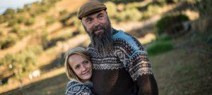 Møt Rebecca og Raymond – Spanias eneste, vaskeekte norske økologiske olivendyrkere