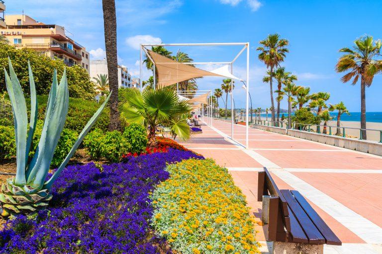 Esteponas strandpromenade nå 90% fullført
