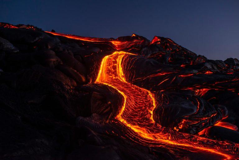 6000 innbyggere nå evakuert grunnet vulkanutbrudd