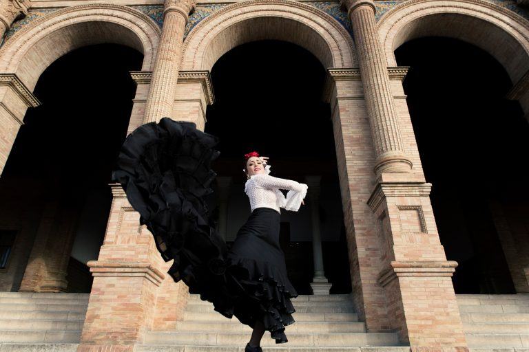 Sevilla sentrum omskapes til et flamencomoteshow