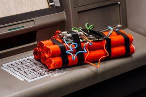 14 sprengte minibanker på Costa del Sol endelig for retten
