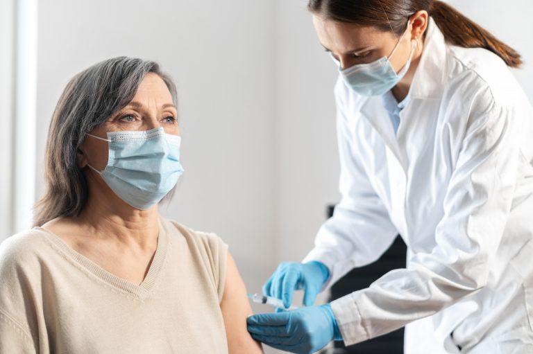 Covid-19: Ny dose til alle som ble vaksinert med Jannsen vaksinen