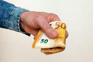 Spania rammet av høye prisstigninger